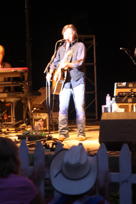 Jeff Hannah of the Nitty Gritty Dirt Band perform at Watertown's RiverFest