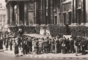 Londoners lined up to hear Dame Myra Hess during The Blitz